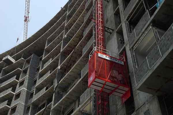 انواع بالابر یا آسانسور کارگاهی
