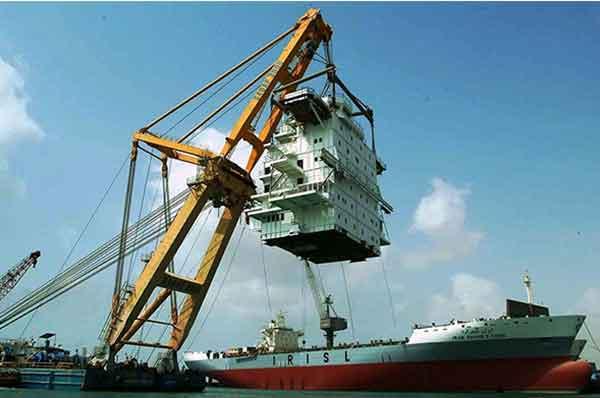 بالابر کارگاهی در صنایع دریایی